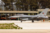 MONTE REAL, PORTUGAL-APRIL 7: Portuguese F16 taxing. Participating in Real Thaw Nato exercise at Base N.5 MONTE REAL,integrated in Fap and Nato on April 7,2011 in Monte Real, Portugal — Stock Photo