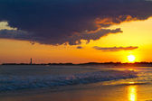 Sunset over the Cape May New Jersey Shore with the Lighthouse in — Stock Photo