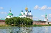 Spaso-Yakovlevskiy Dimitriev monastery in Rostov. Golden ring of Russia. — Stock Photo