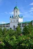 Spaso-yakovlevskiy dimitriev klostret i rostov. golden ring av ryssland. — Stockfoto