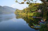 Nepal, Pokhara, Fewa (Pheva) Lake. — Stock Photo