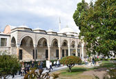 Istanbul, Courtyard of Topcapy palace. — Stock Photo