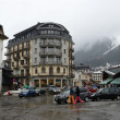 France, the ski resort of Chamonix in the rain and fog. — Stok fotoğraf