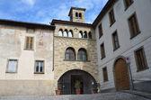 Italy, Bergamo, the church of Snt.Michele Pozzo Bianco, cappella Madonna. — Stock Photo