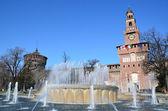 Castillo sforzesco en milán, italia. — Foto de Stock