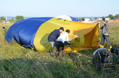 The annual Festival of ballooning the golden ring of Russia in pereslavl-Zalessky. Preparation of balloon to flight — Stock fotografie