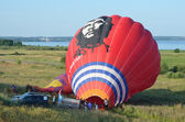 The annual Festival of ballooning the golden ring of Russia in pereslavl-Zalessky. Preparation of balloon to flight — Stock Photo