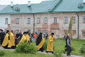 Sunday's procession in Solovki monastery. — Stock Photo