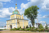 Gate church in Nicolsky monastery in Pereslavl Zalessky, Golden ring of Russia. — Stock Photo