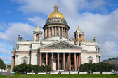 Isaakievsky cathedral in Sankt-Peterburg. — Stock Photo