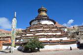 Tibet, Gyfndze, monastery Pelkor Chode, stupa Kumbum, 15 century. — 图库照片