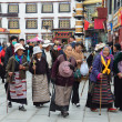 Tibet, ancient Barkhor Street surrounding the Jokhang temple in Lhasa — Foto de Stock