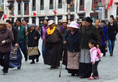 Tibet, ancient Barkhor Street аround the Jokhang temple in Lhasa — Stock Photo