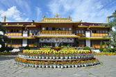Tibet, Lhasa, Summer residence of the Dalai Lama — Stock Photo