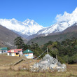 Nepal, the Himalayas, village Tyangboche, views of the peaks of Mount Everest, Lhotse, Ama Dablam — Stock Photo