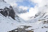 Nepal, trekking  in Himalayas — Stock fotografie