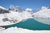 Nepal, the Himalayas, Lake Gokyo, 4700 metres above sea level — Stock Photo