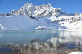 Nepal, the Himalayas, Lake Gokyo, 4700 metres above sea level — Stock Photo