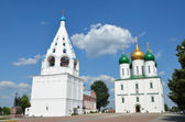 Kolomna Kremlin, Cathedral Square, Uspensku Cathedral and tent type Bell Tower — Photo