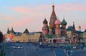 Noscow, St .Basil's Cathedral at twilight — Stock Photo