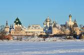 El kremlin de rostov en invierno, oro anillo de rusia — Foto de Stock
