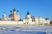Monastère de varnitsky à rostov en hiver, or bague de Russie — Photo