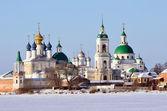 Spaso-Yakovlevsky Dimitriev monastery in Rostov in winter, Golden ring of Russia — Stock Photo