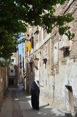 Yemen, Sana'a, narrow street in the old town — Stock Photo
