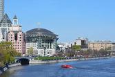 Casa internacional de moscú de música y buisness center en terraplén de shlyuzovaya en moscú — Foto Stock