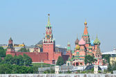 Moscow, the Kremlin and St. Basil's Cathedral — Stock Photo