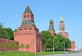 Constantino-Heleninskaya Tower, Nabatnaya tower and spasskaya Tower of Moscow Kremlin — Stock Photo