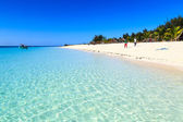 Beach of a resort on a tropical island — Stock Photo