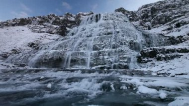 Winter waterval — Stockvideo