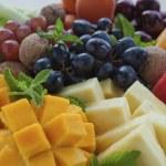 Fruit platter close-up — Stock Photo