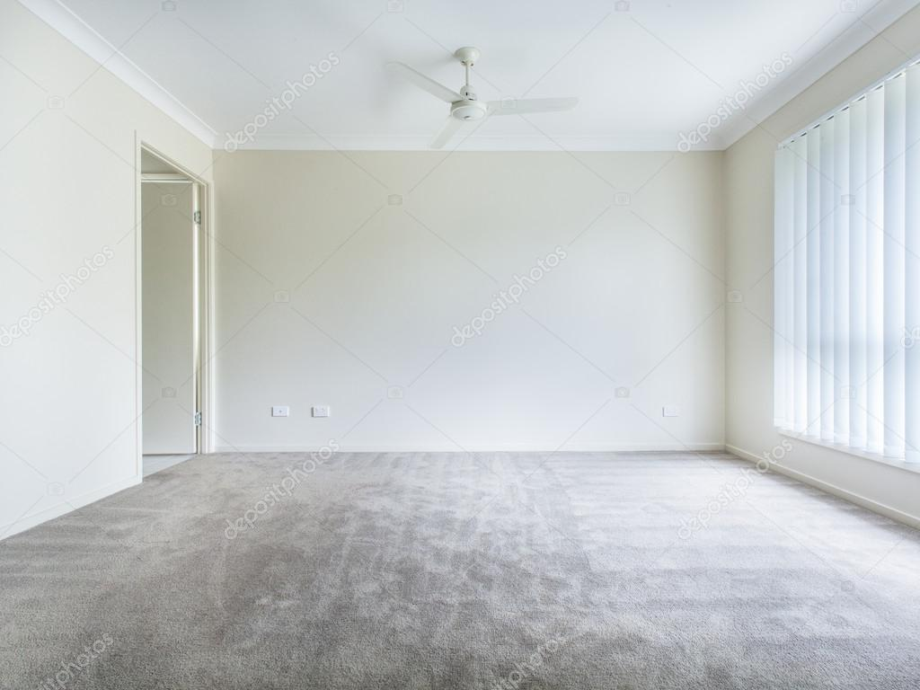 Chambre vide photographie zstockphotos 22929290 for Chambre vide