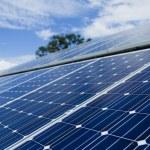 instalação de painel solar — Fotografia Stock  #22931348