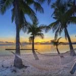 ビーチに沈む夕日 — ストック写真