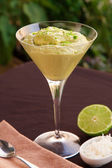 Avocado and lime mousse — Stock Photo