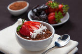 Avocado and cacao mousse — Stock Photo