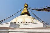 Bodhnath stupa con las banderas de oración en katmandú - nepal — Foto de Stock