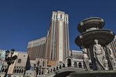 Facade of the Venetian hotel and casino in Las Vegas, Nevada, USA — Stock Photo