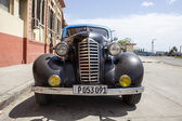 Vintage black twenties car in Santiago de Cuba, Cuba, North America — Stock Photo