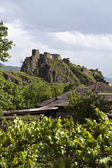 Atskuri Fortress (on top of a hill in Atskuri) in Samtskhe-Javakheti, Georgia - Eastern Europe — Stock Photo