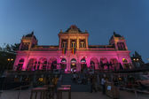 Roze theater bouwen voor de gay pride in vondelpark in amsterdam - nederland — Stockfoto
