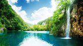 Wonderful magical waterfall — Stock Photo