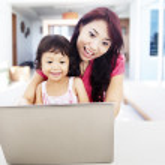 Enjoying entertainment on internet at home — Stock Photo
