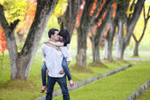 Romantic moment in autumn — Stock Photo