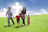 Asian family stroll in Easter — Φωτογραφία Αρχείου