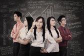 Unternehmensleiter mit starken team — Stockfoto
