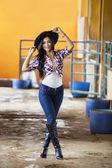 Attraktiv kvinna ryttare — Stockfoto